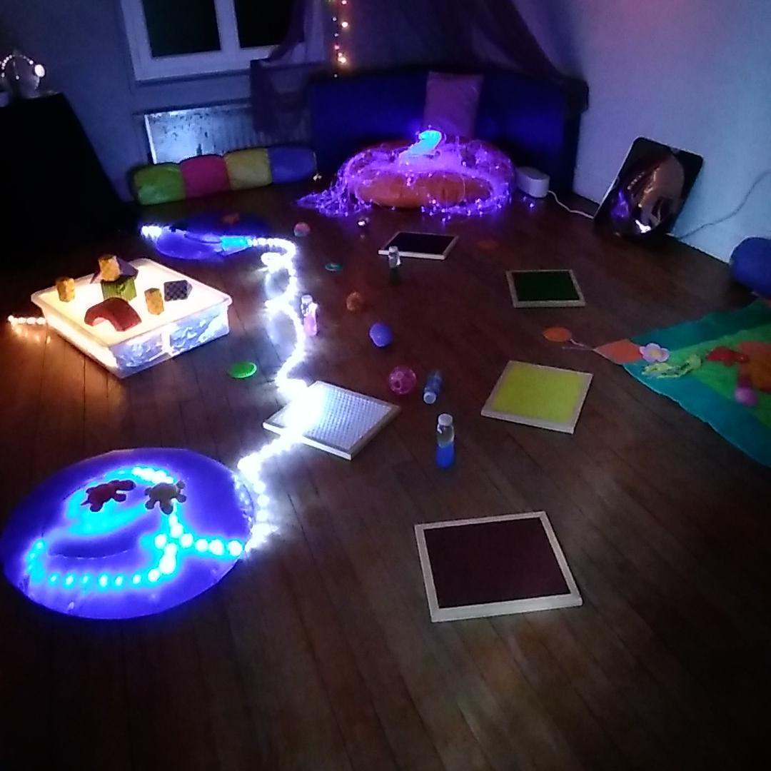 Aménagement d'un atelier sensoriel pour les bébés