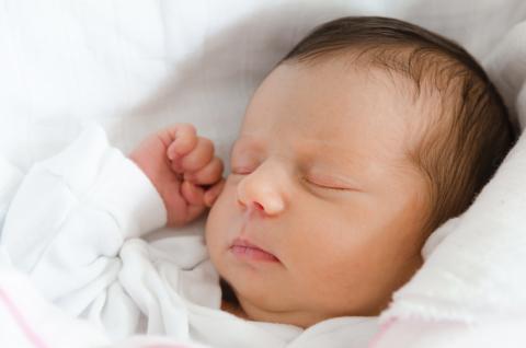Votre bébé arrive au monde avec quelques semaines d'avance ? Pour l'aider à grandir dans les bonnes conditions, vous devez prendre certaines mesures, certes différentes de celles d'un bébé né à terme.
