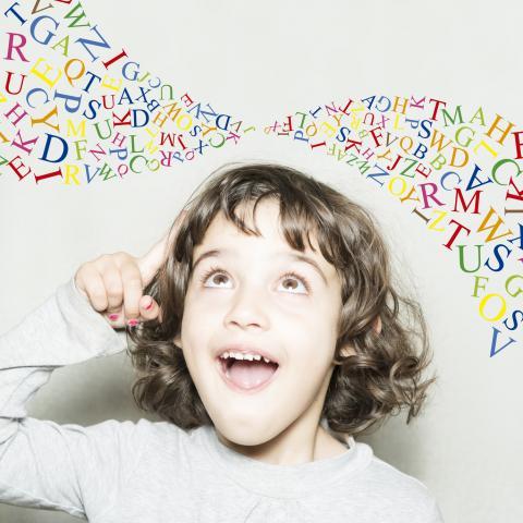 Tout savoir sur le bégaiement chez l'enfant. un article intéressant à découvrir
