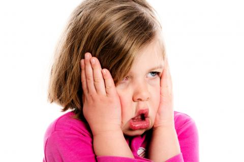 Creche and do vous informe concernant les maux de tête chez les enfants de 1 à 6 ans